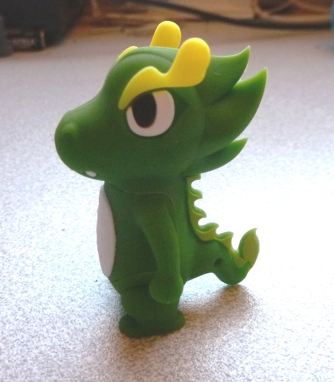 DragonUSB3 A Funky Dragon USB Stick