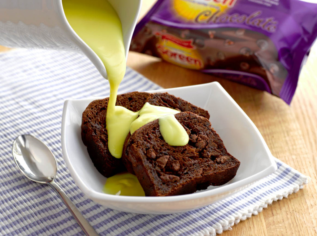 SoreenChocolateCustard 1024x762 How To Eat Your Soreen Chocolate Loaf