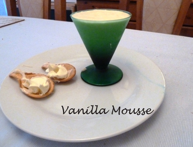 Vanilla Mousse With Edible Spoons