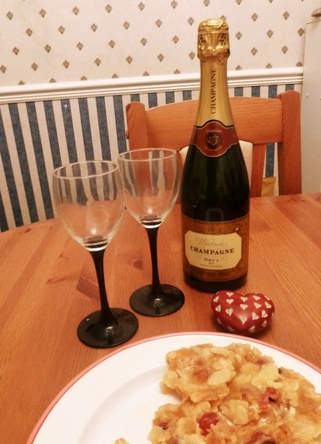 Champagne and florentines