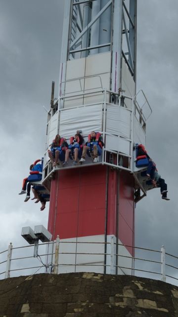 Cliff hanger at Flamingo land