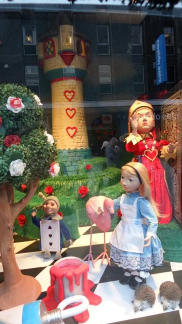 Fenwicks-christmas-windows-10