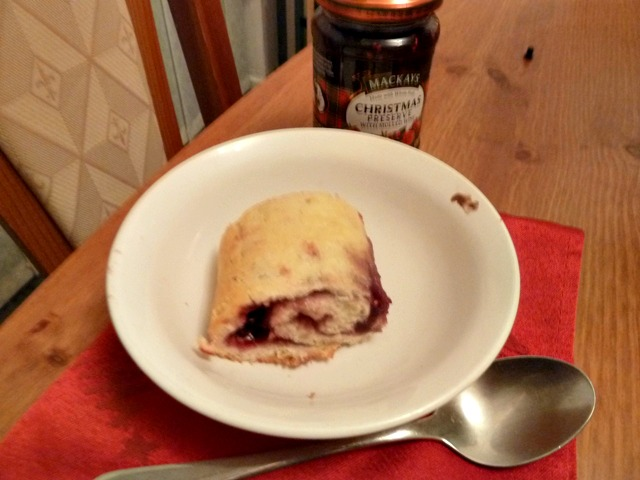 jam-roly-poly-3