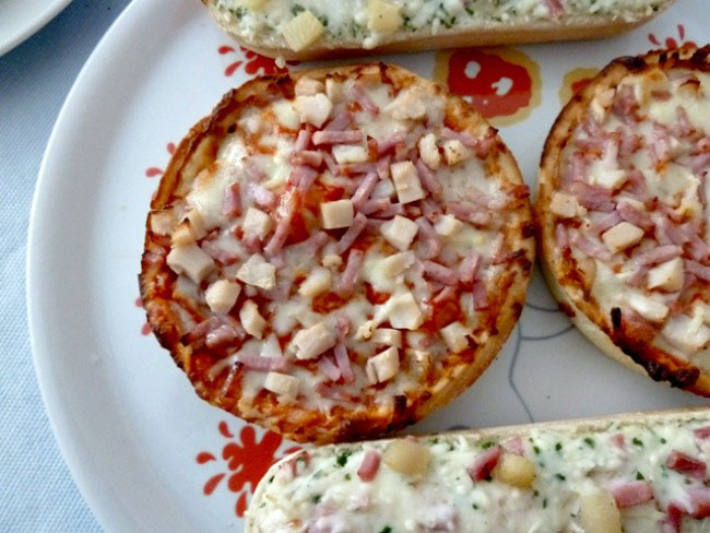 chciago town deep dish pizza