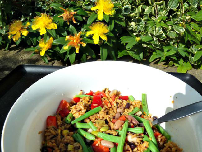 Mixed bean and 5 wholegrain salad
