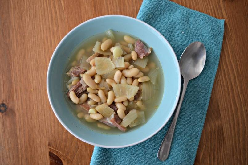 cannellini bean and onion soup