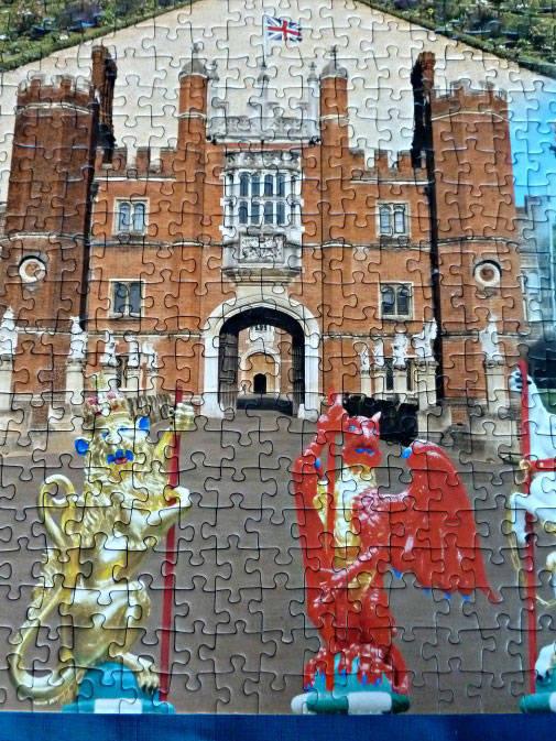 Ravensburger historic palaces Hampton Court Palace