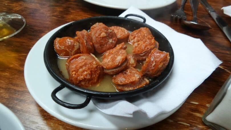 Chorizo frito at El Coto