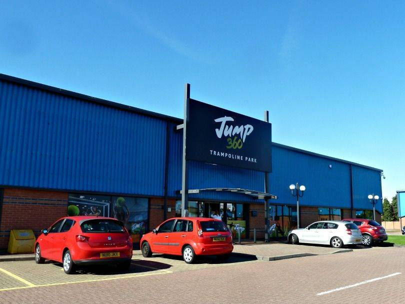 Jump 360 - an indoor trampoline park in Stockton from the outside