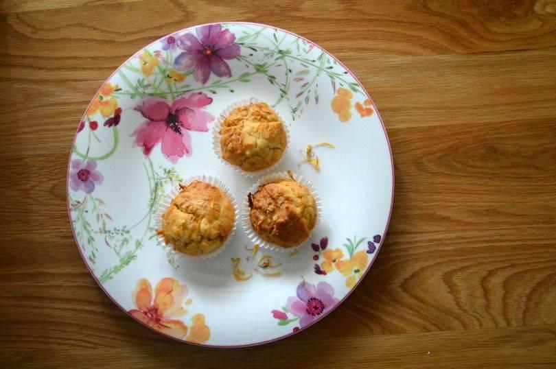 Calendula muffins
