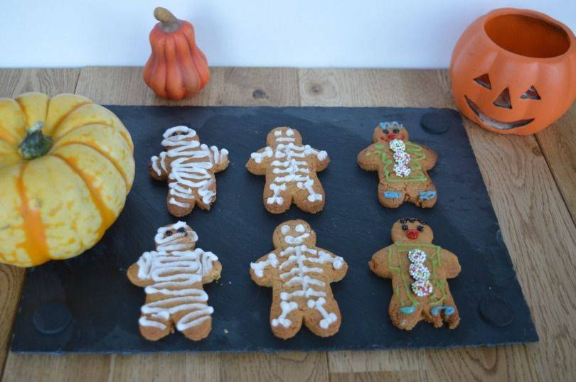 Gingerbread mummies, skeltons and clowns