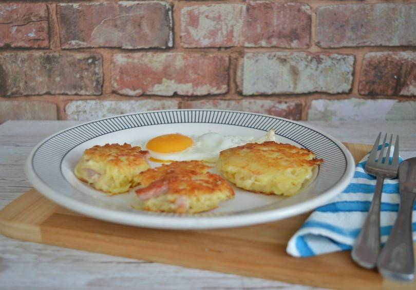 Canal or bacon floodies. A dish made of grated pototo, onion and bacon for a delicious breakfast.