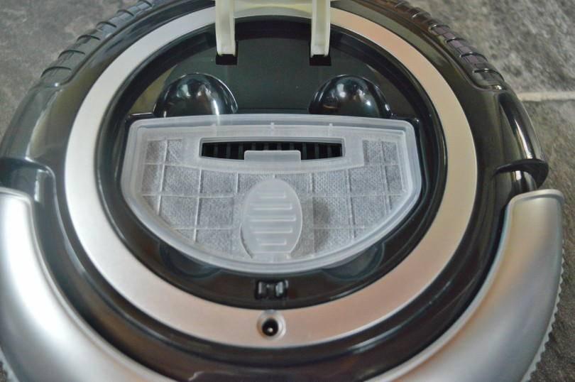 mini robotic vacumn cleaner - dust bin