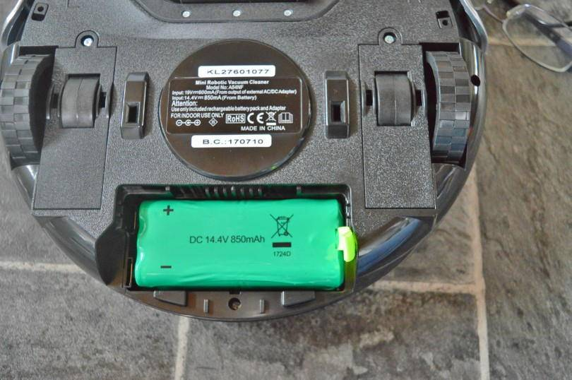maplin mini robotic vacuum cleaner - how to add the battery pack