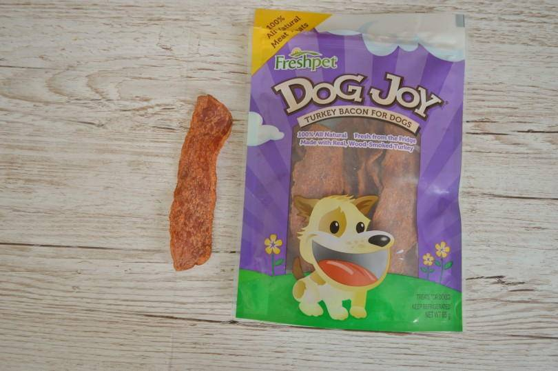 Freshpst dog joy turkey bacon treats