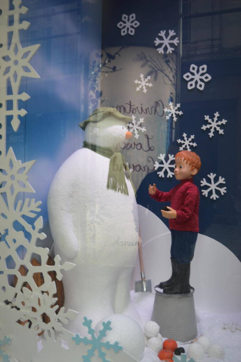 Fewick's Christmas windows - the snowman meets James